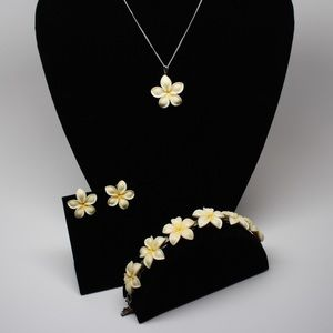 Jewelry - Ivory Plumeria necklace earrings and Bracelet